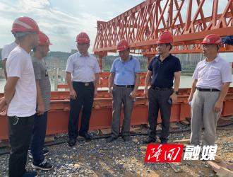 王永红督导白沙湾大桥、紫霞园大桥和魏源公园项目建设进展情况