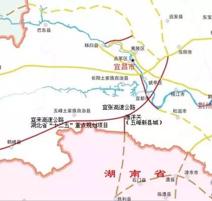 北两省的   宜张高速   起于宜昌市,接保宜高速公路,由炉红山(鄂湘